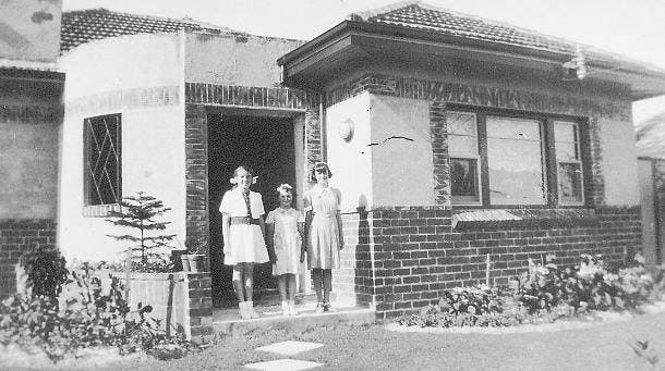 An interwar home in 19 Haig Street Ringwood in the 1950s (Courtesy of Russ Haines Ringwood Historical Society)