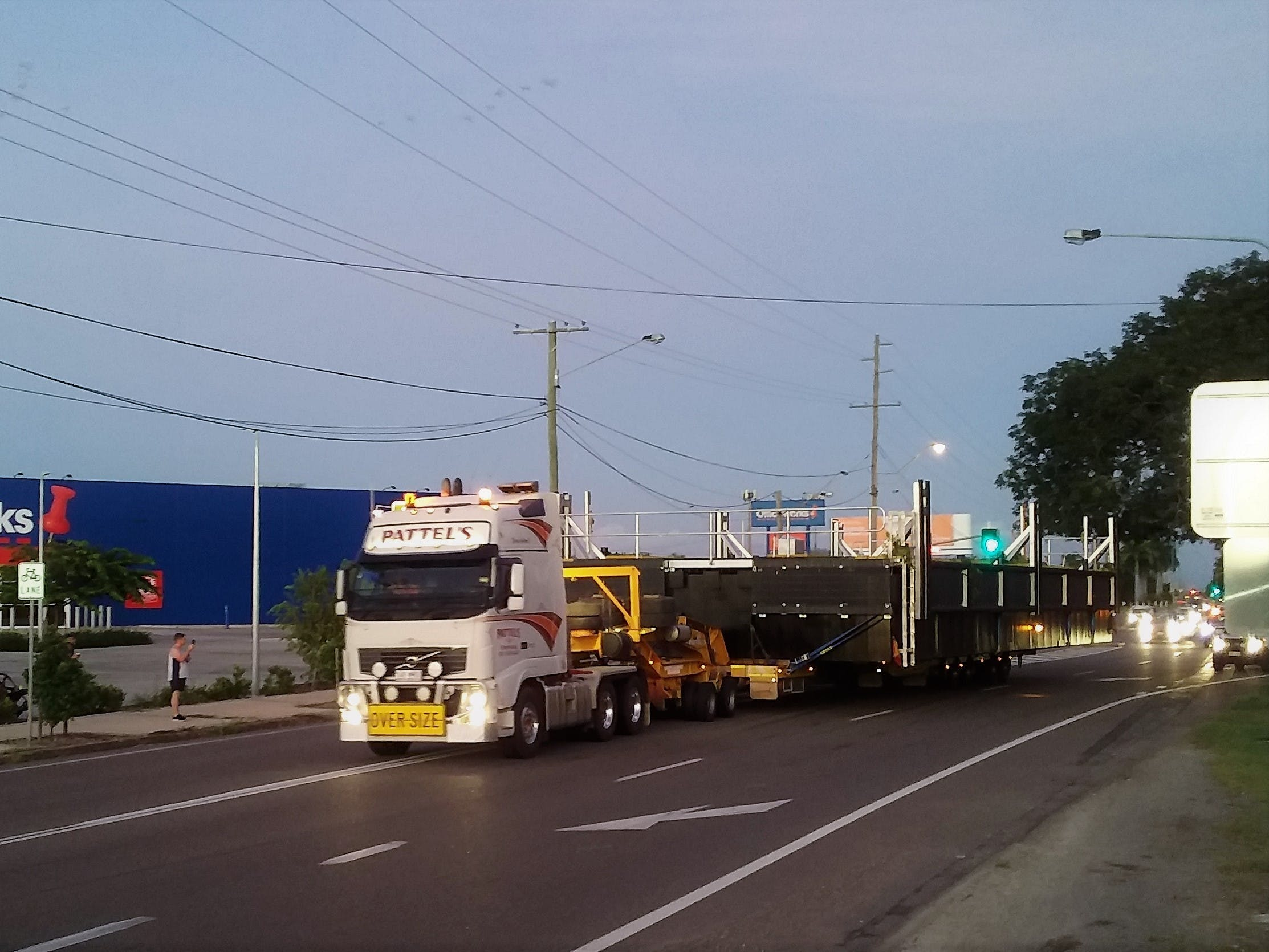 Finger pontoon 1 on its way from Townsville - March 2021.jpg