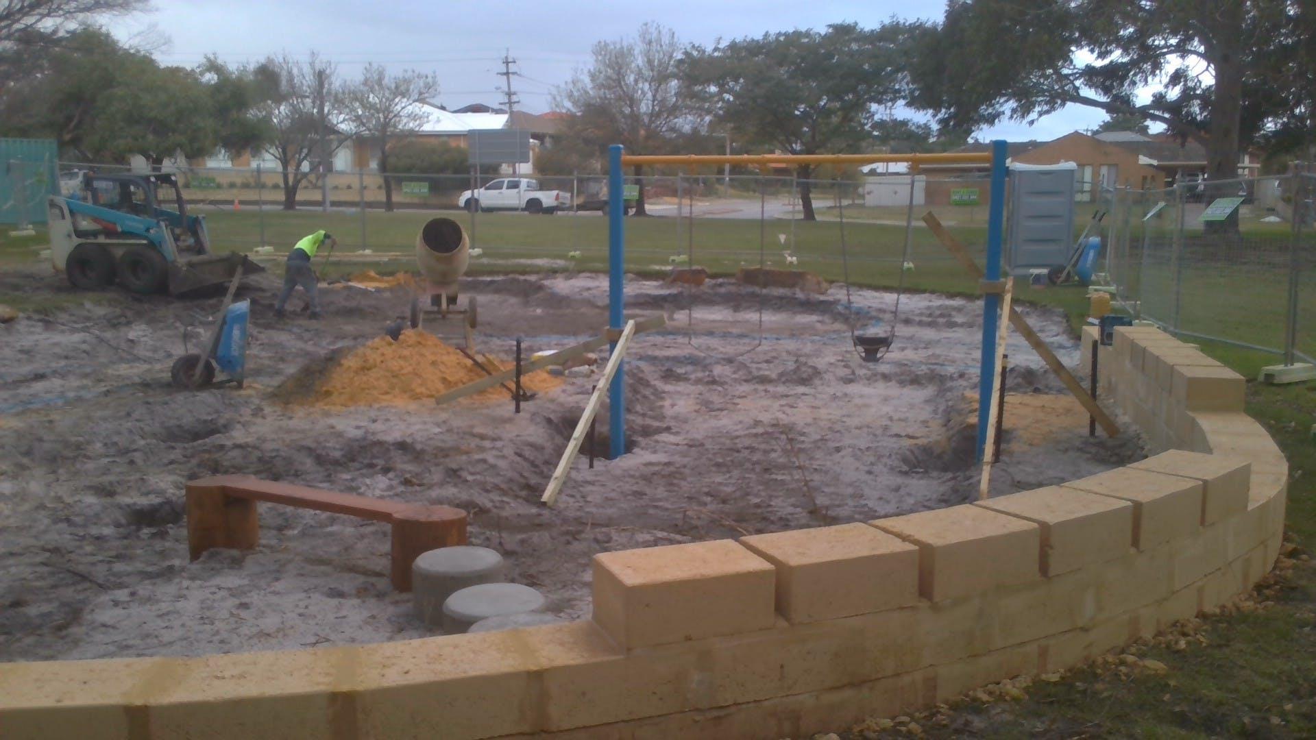 Kennon Park playground construction 9