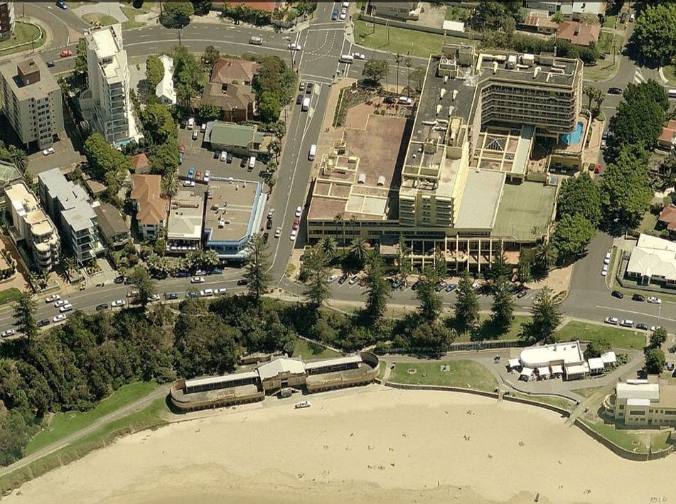 An overhead view of the Cliff Rd / Bourke St intersection