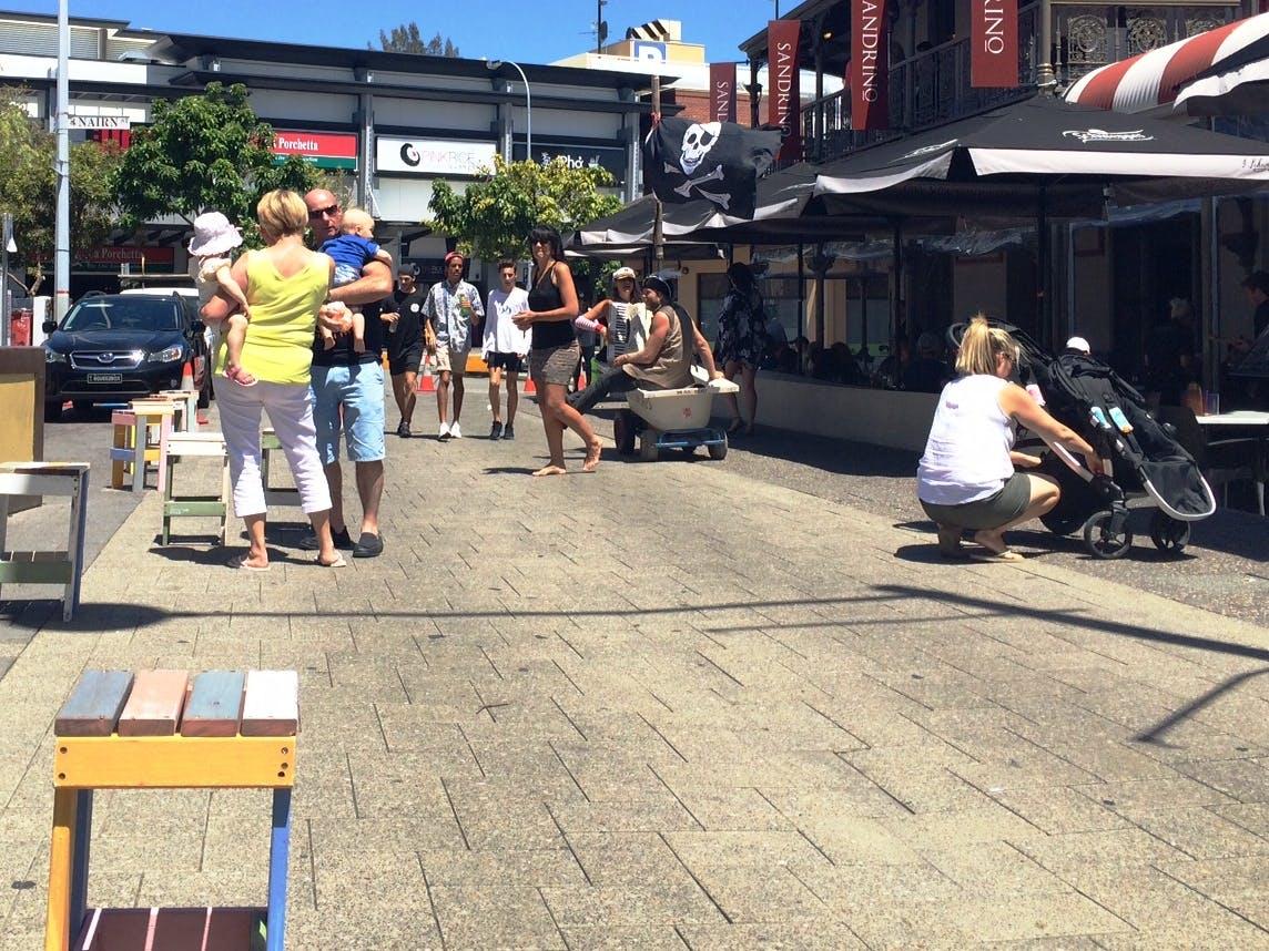Market Street Piazza daytime 2