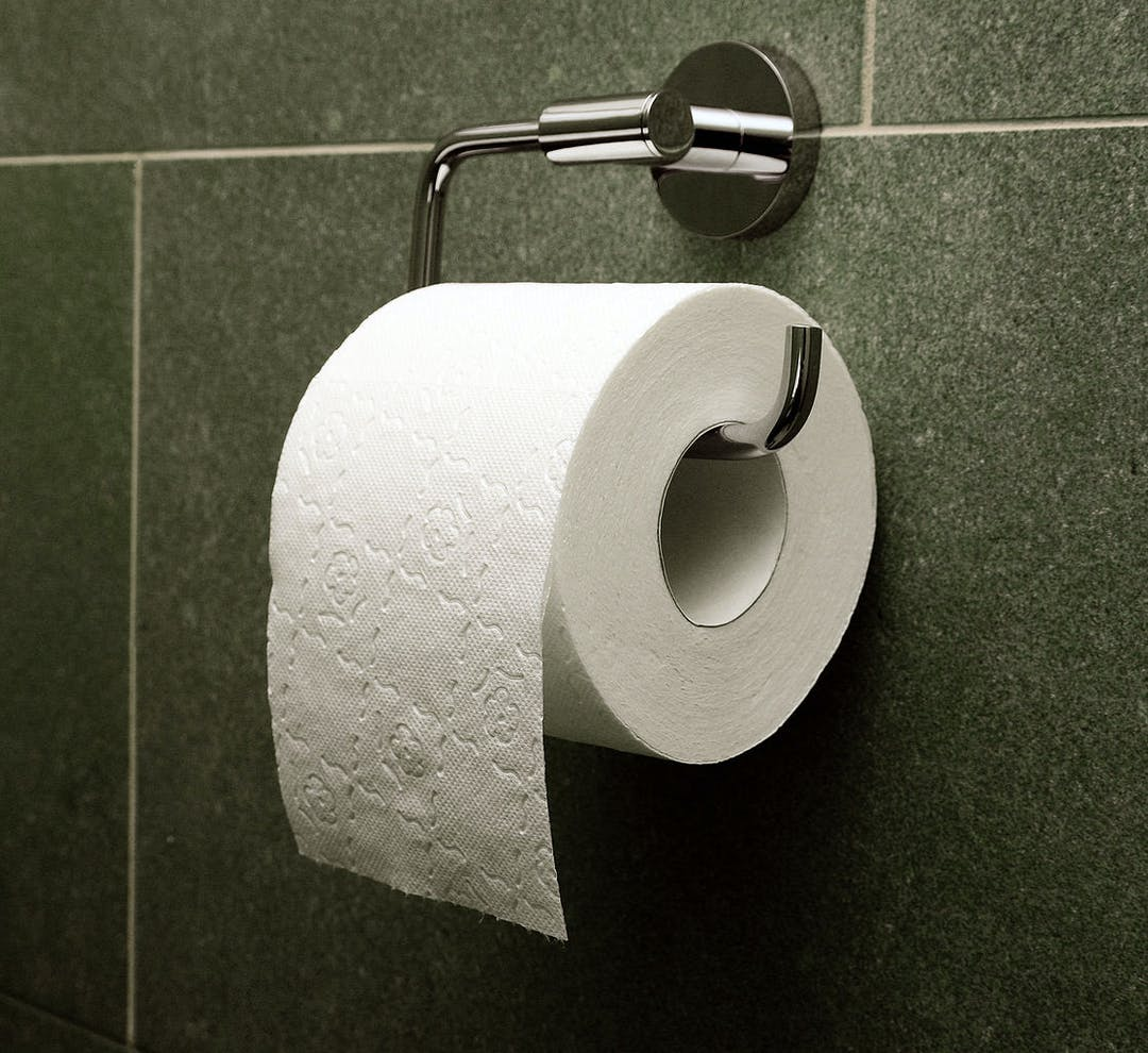 Toilet paper orientation over