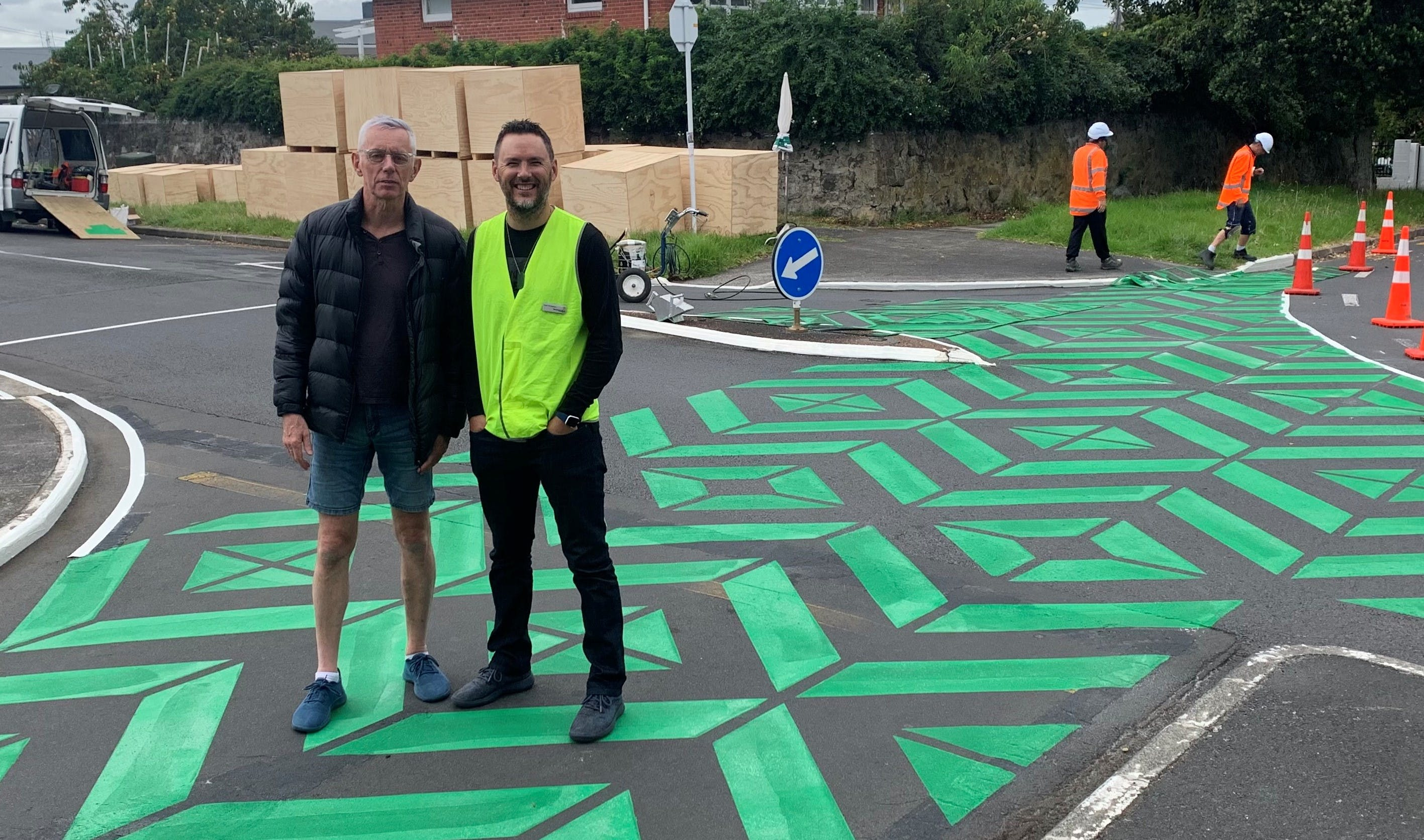 Mark Farnham from Parkin & Payne Stencils at Arthur Galway install
