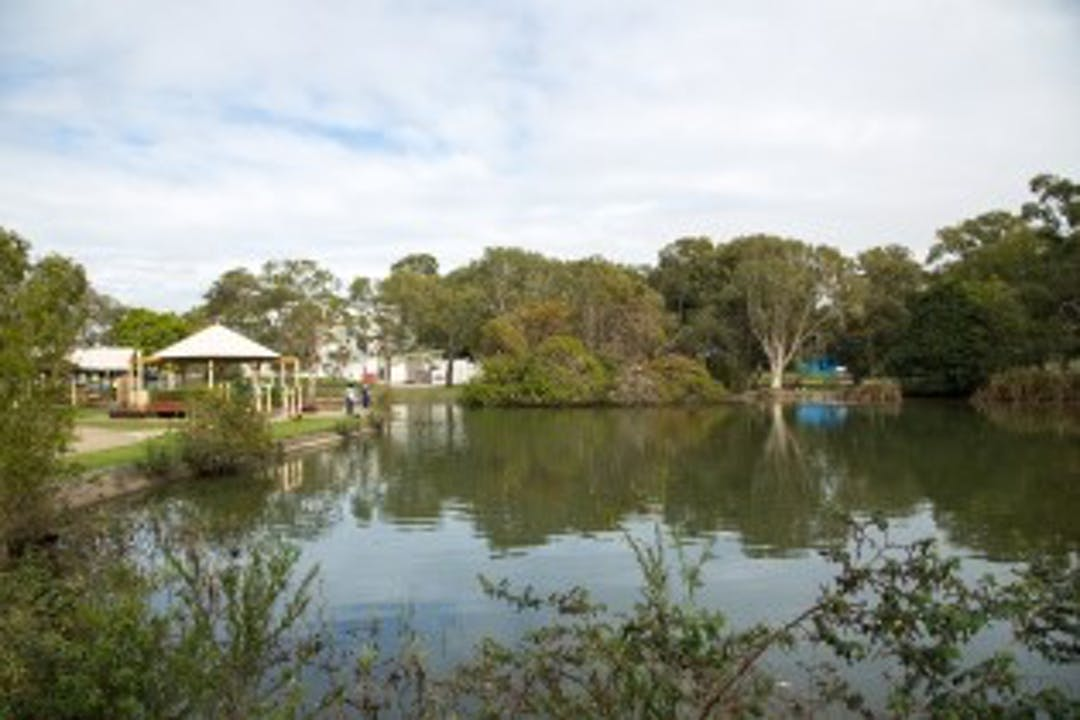 Image of Einbunpin Lagoon at Sandgate