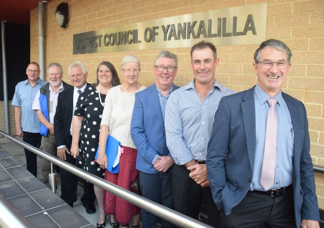 Photograph of the Mayor and Elected Members from the District Council of Yankalilla