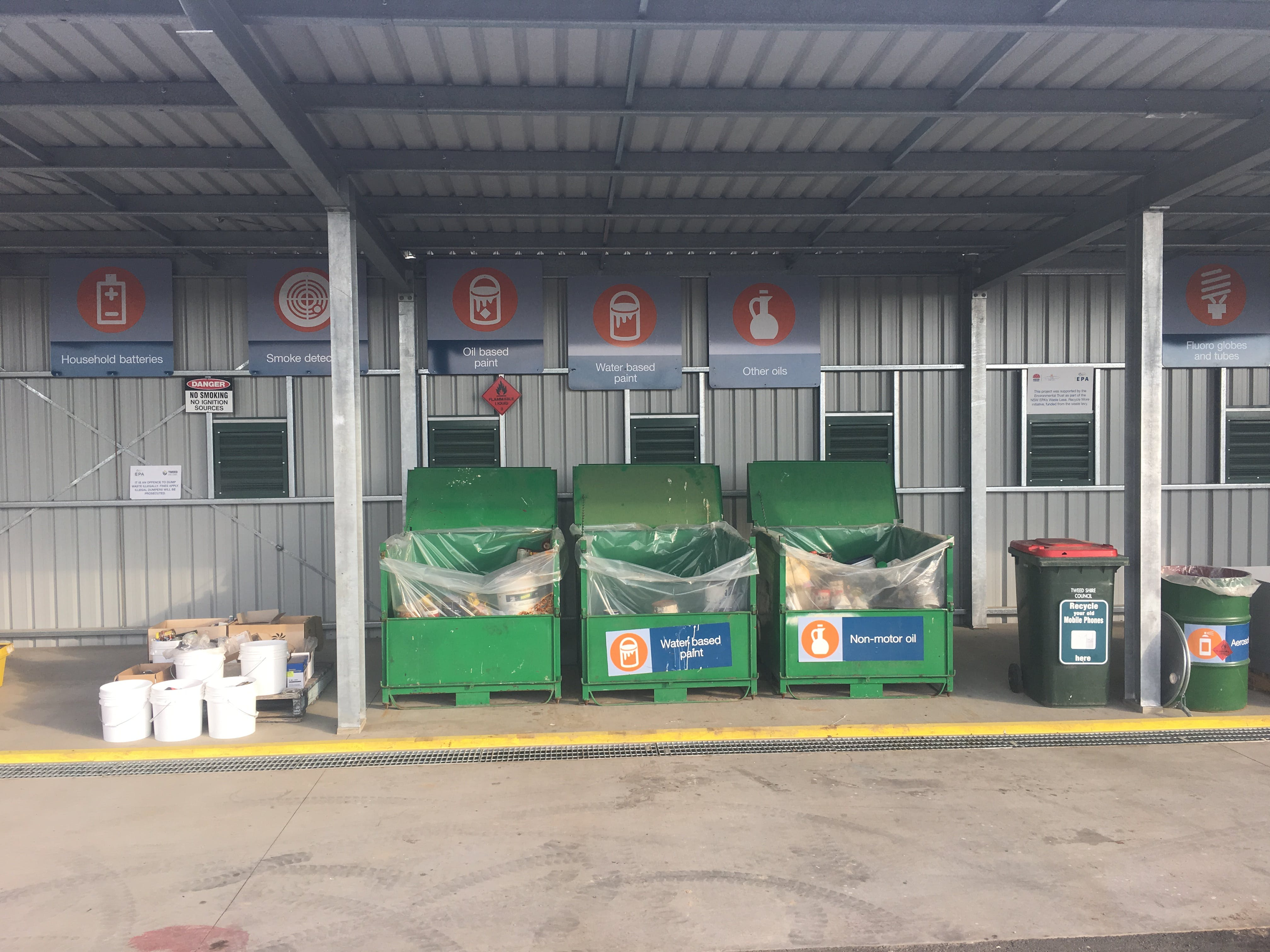 Community Recyling Centre Stotts Creek Resource Recovery Centre