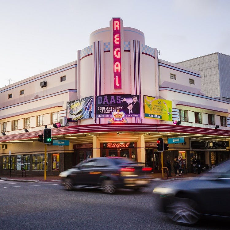 750x750 regal theatre
