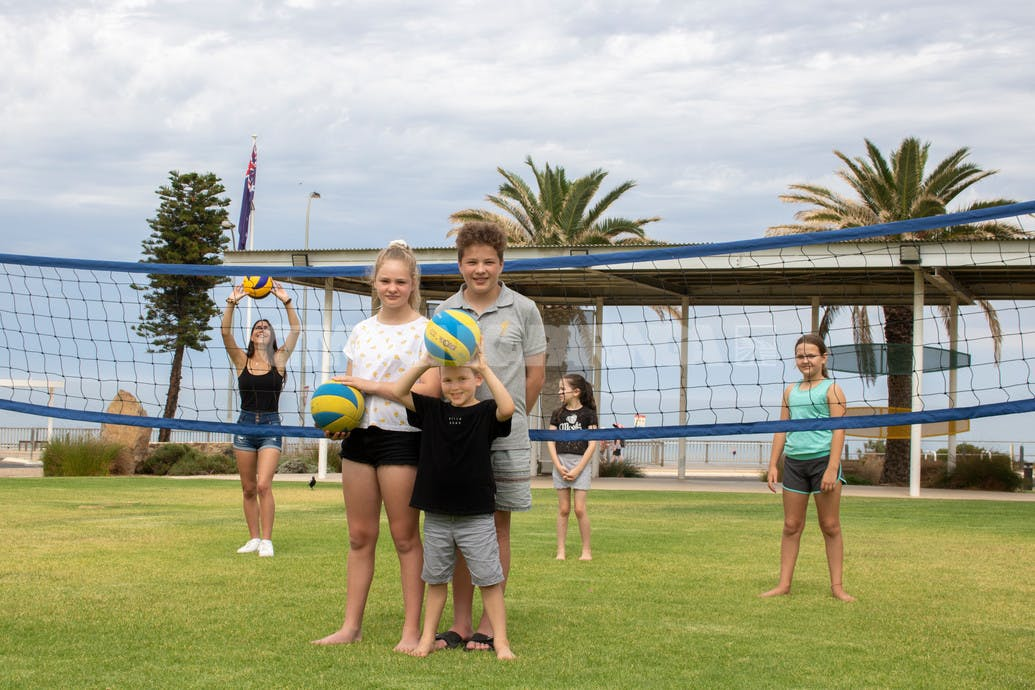 Come and try, an initiative of HALO and Volleyball SA