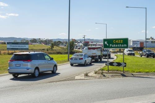 Healesville-Koo Wee Rup Road, Pakenham South