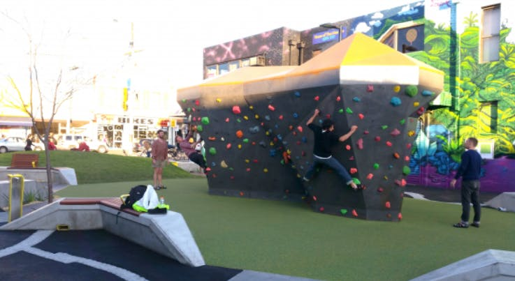 Bouldering Wall example