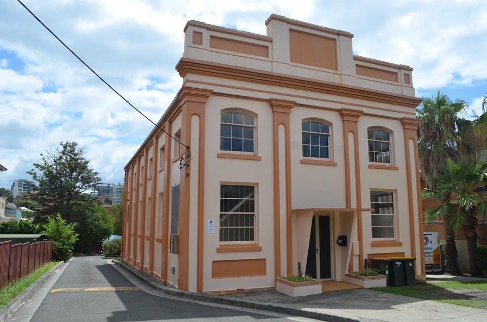 64 Smith Street Wollongong