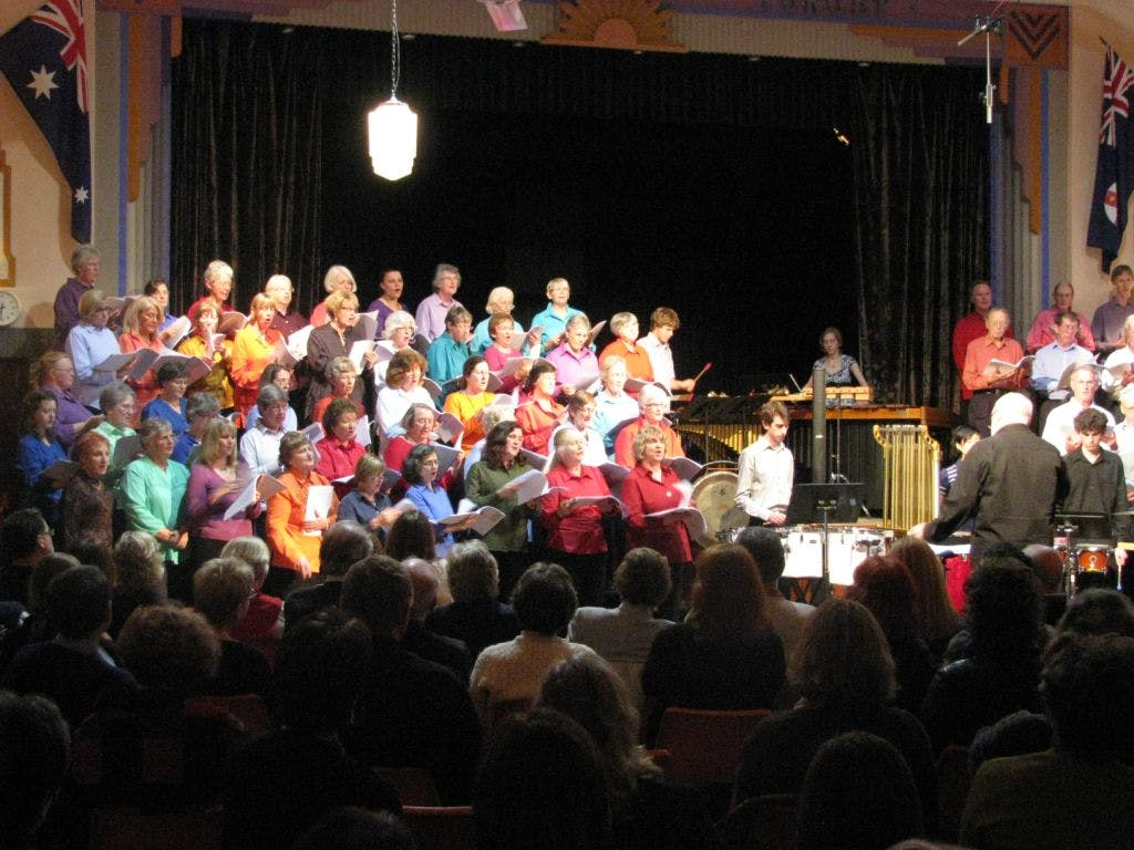 Performance of A Singing Quilt by Andrew Ford at Bundanoon 1 November 2008