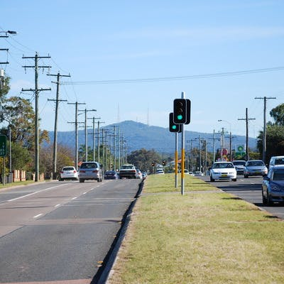 Mount Sugarloaf from Main Road