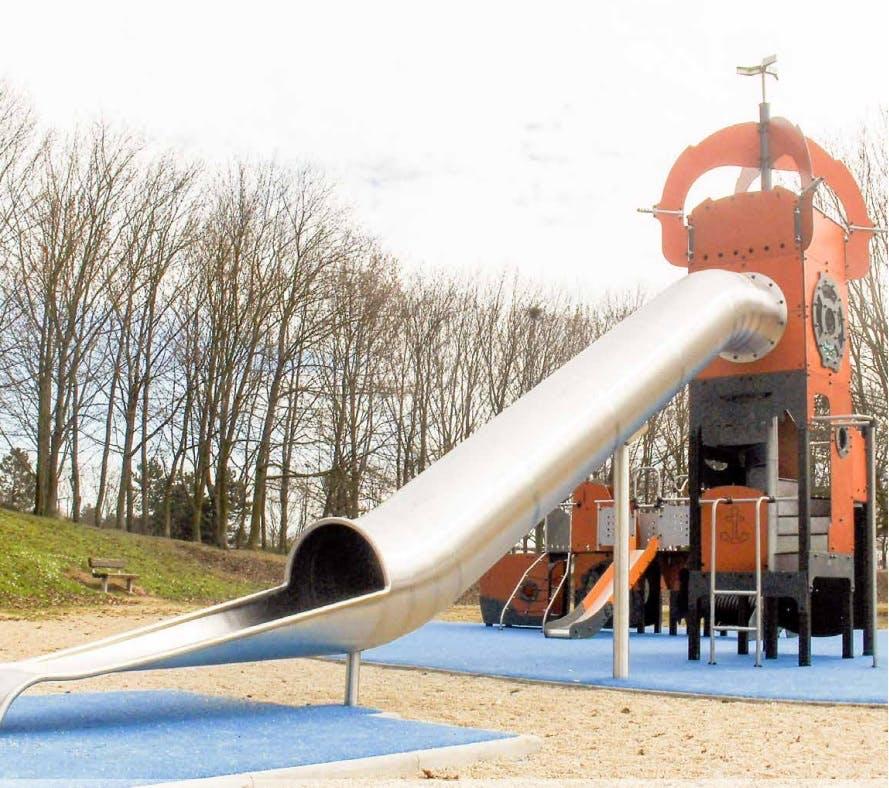 Mega steel slide