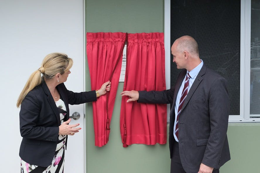 Unveiling the plaque for the new WWTP