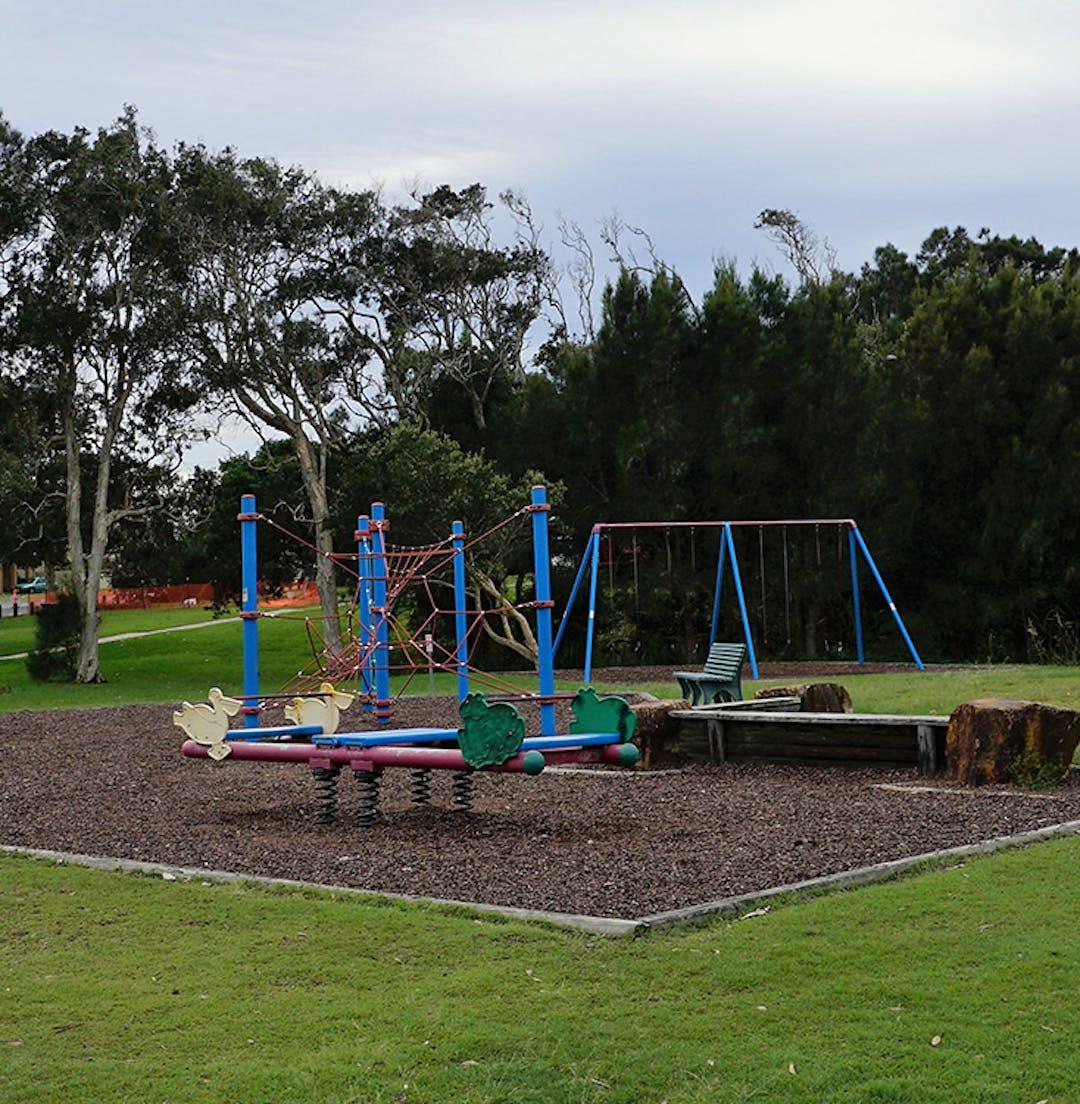 Lake Cathie Foreshore Reserve Playground