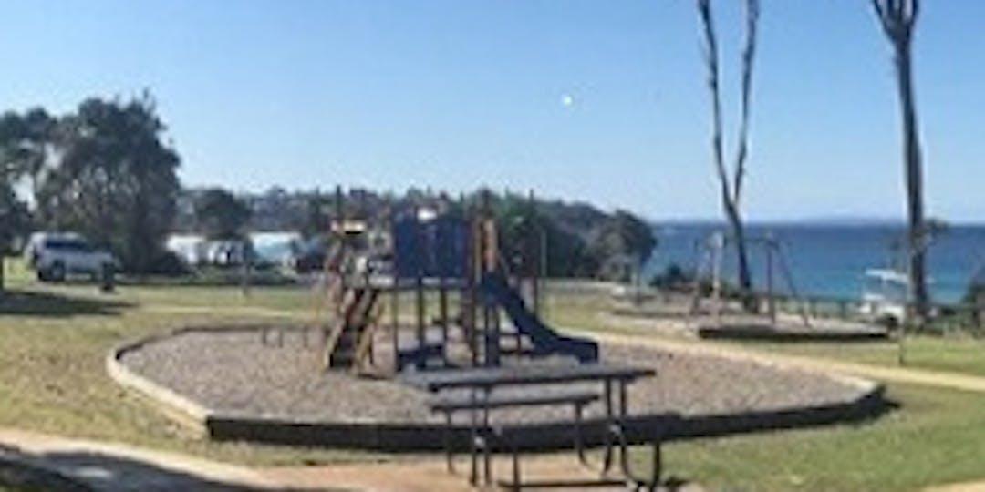 Mollymook park 630x315