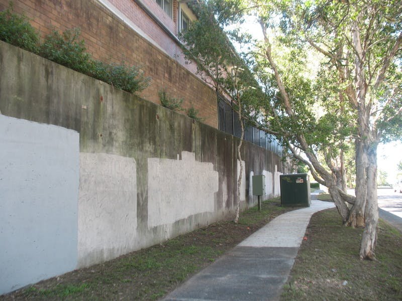 Palmerston Ave Wall