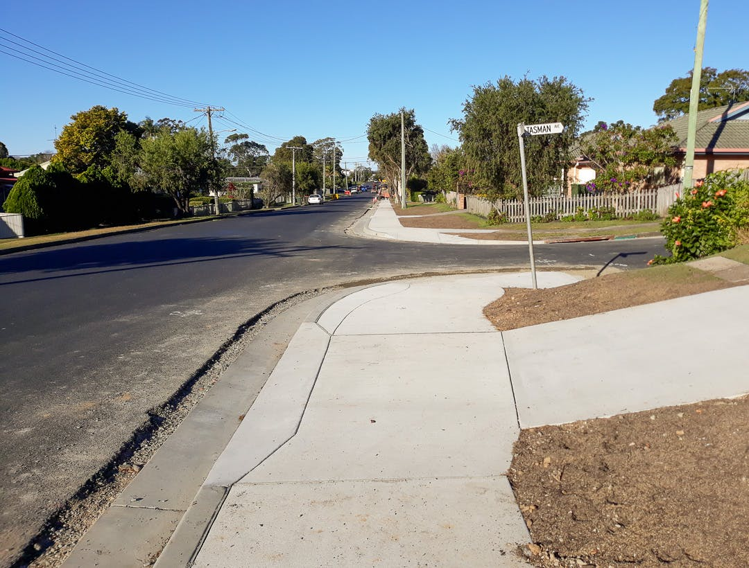New kerb and gutter, footpath, driveway layback and driveway crossover at the intersection of King Street and Tasman Avenue.