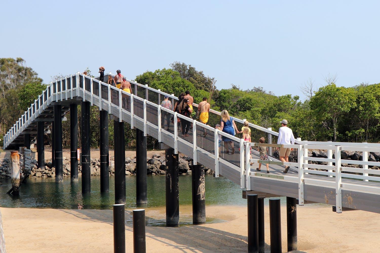 swr-footbridge-opening-3.jpg