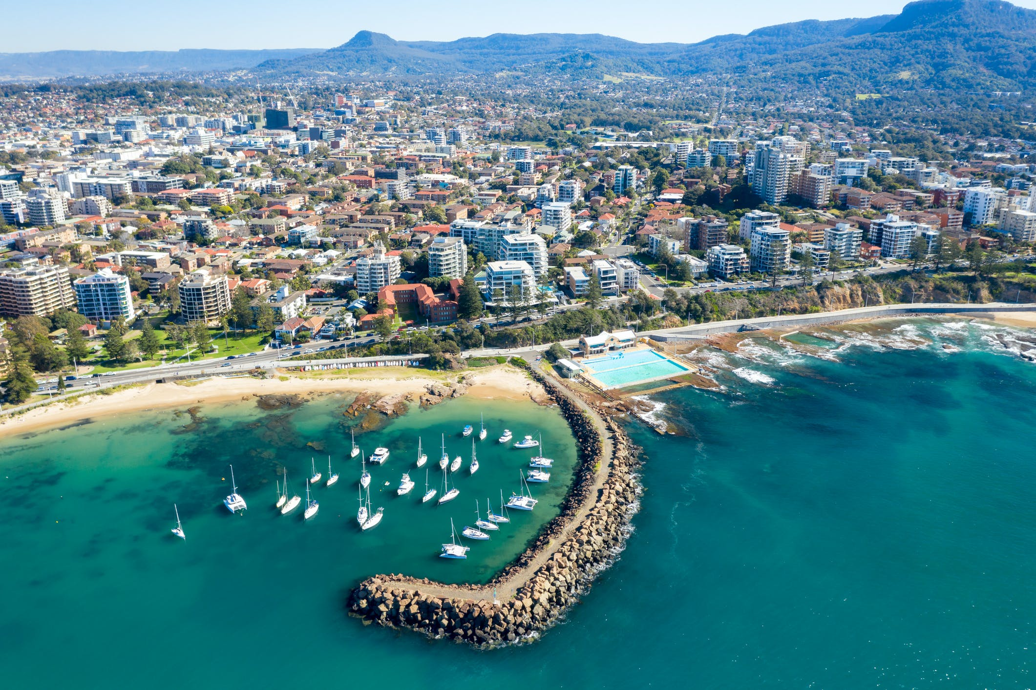 Coastal city of Wollongong, NSW.jpg